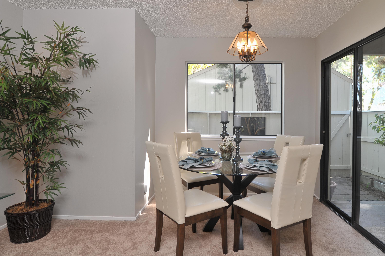 007_Dining Area