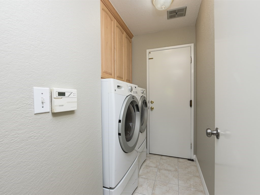 Desin Laundry Room